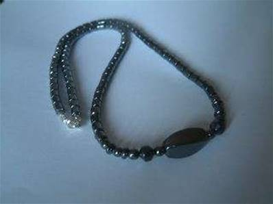 Hematite necklace with clasp. cyn81011