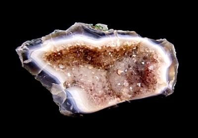 AGATE WITH AMETHYST GEODE/ DRUZE SECTION WITH POLISHED EDGE.   SP11589POL