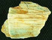 AQUAMARINE ROUGH CRYSTAL SPECIMEN (LINEATED). 89 X 56 X 52MM APROX. 355g. SP1837