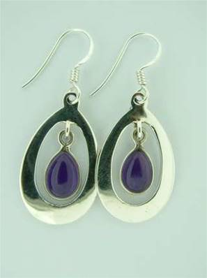 925 SILVER PENDANT STYLE EARRINGS FEATURING A FACETED TEARDROP SHAPED AMETHYST CABOCHON. EA2391