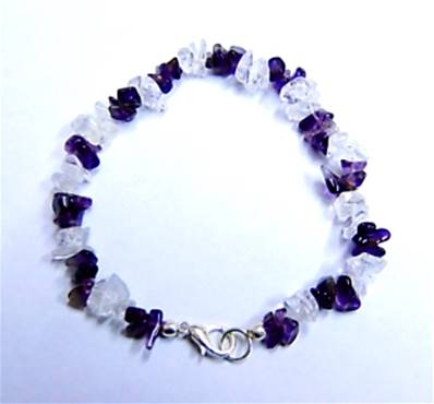 "AMETHYST WITH QUARTZ GEM CHIP BRACELET. 8"" LONG. 5g. SPR9197BR"