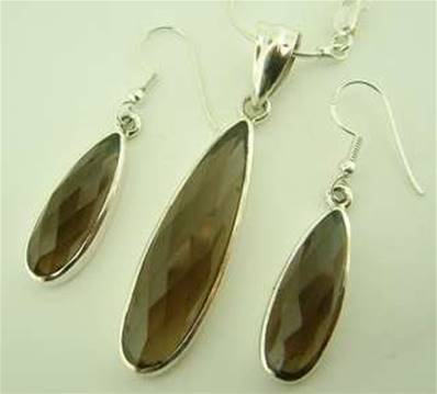 ONE OFF 925 SILVER WITH SMOKEY QUARTZ NECKLACE & EARRING SET. SP2562JSET