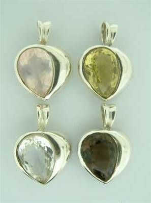925 SILVER HEART SHAPED PENDANT. 24 MM DROP X 17MM WIDE. CABOCHON SIZE = 15 X 10MM. 4g. SPR577PEND