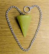 OLIVE JADE FACETED POINT STYLE PENDULUM. SPR6713