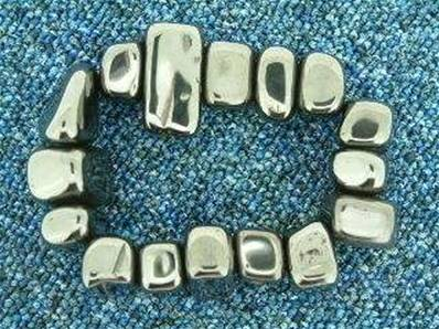 POLISHED MAGNETIC HEMATITE PEBBLES. 15 - 30MM ACROSS. 15 - 35g. POLSP8