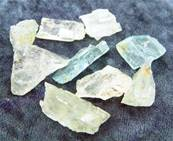 BLUE/ GREEN HELIODORE CRYSTAL CHIPS (SMALL SIZE). SPR3819