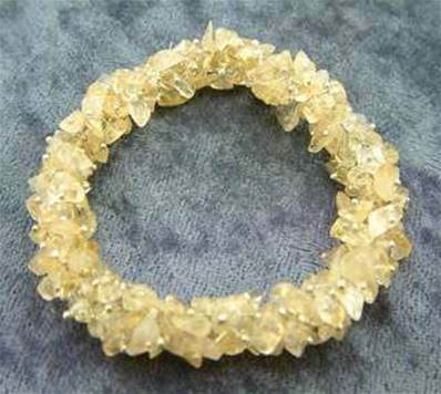 CITRINE ELASTICATED CLUSTER CHIP BRACELET. SPR3932BR