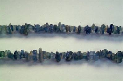 "KYANITE GEM CHIP BRACELET. 7"" LONG. 8g. SPR644"