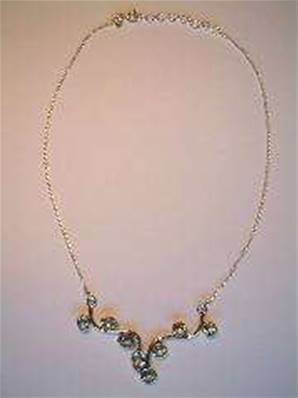 SILVER & BLUE TOPAZ NECKLACE. 15g. NB2101