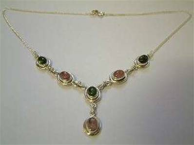 925 SILVER PENDANT STYLE NECKLACE FEATURING OVAL GREEN / PINK TOURMALINE CABS. CAB SIZE - 5 X 8MM.