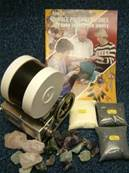 BEACH 2Lb STONE POLISHER /ROCK TUMBLER KIT WITH GRITS, BOOKLET & 1Kg ROUGH ROCK. 2lbkitbkgrtrk