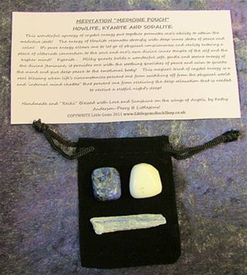 "MEDITATION ""MEDICINE POUCH"" HOWLITE, KYANITE AND SODALITE. POUCH1"