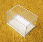 10 X  PLASTIC DISPLAY BOXES - WHITE BASE WITH CLEAR TOP (E3 SIZE). E3/41/35/32